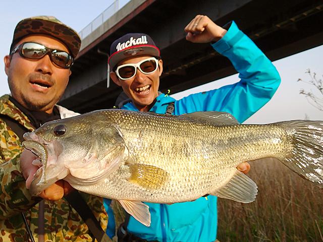 俺たちのバズは長崎県 小規模河川で釣りました