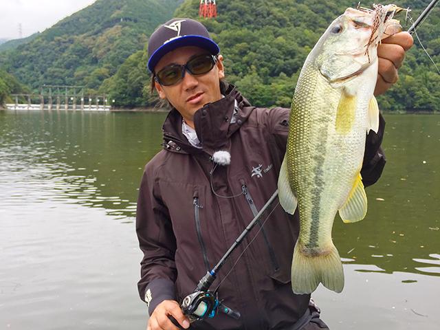 Incredibass写真 神奈川県 津久井湖