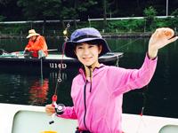 女子釣り、 鳴海千穂