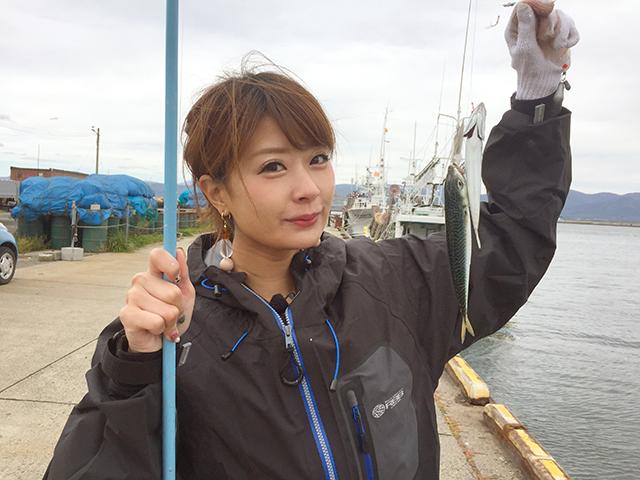釣り初心者の高木由紀さん。初めて釣りに挑戦します。