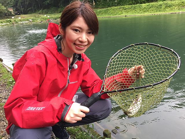 女子釣り、 麻生千恵