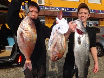 丸銀釣りセンターの2019年2月27日(水)1枚目の写真