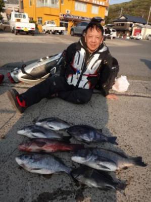 丸銀釣りセンターの2019年3月23日(土)5枚目の写真