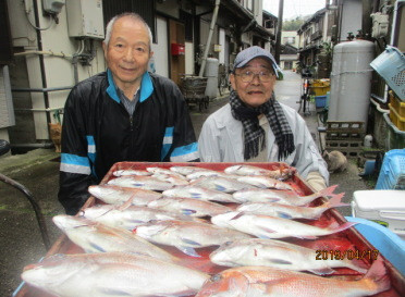奥村釣船の2019年4月17日(水)1枚目の写真