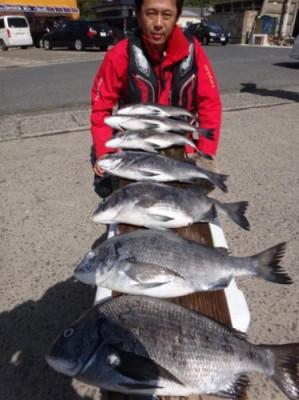 丸銀釣りセンターの2019年4月27日(土)1枚目の写真