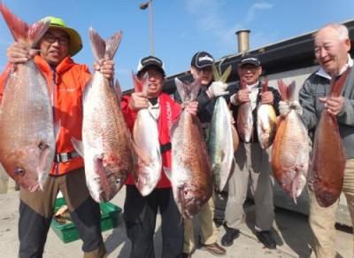 丸銀釣りセンターの2019年4月22日(月)1枚目の写真