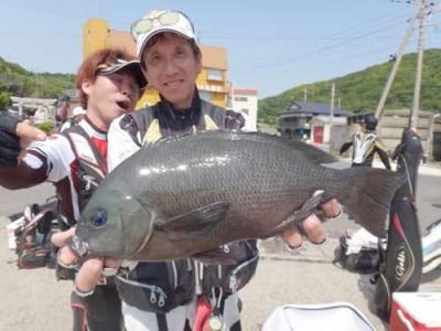 丸銀釣りセンターの2019年5月24日(金)1枚目の写真