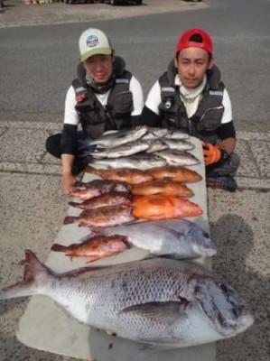 丸銀釣りセンターの2019年5月25日(土)4枚目の写真
