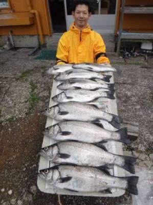 丸銀釣りセンターの2019年5月28日(火)3枚目の写真