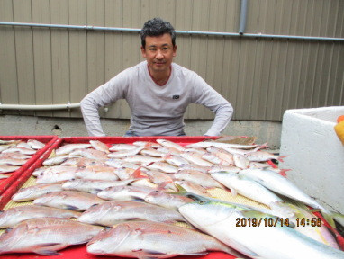 奥村釣船の2019年10月14日(月)2枚目の写真