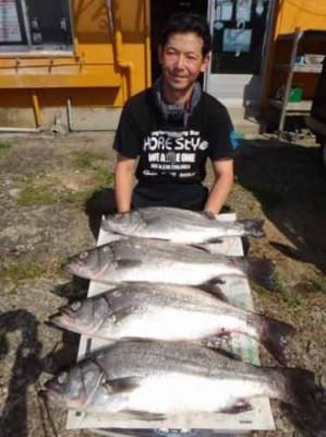 丸銀釣りセンターの2019年10月22日(火)5枚目の写真