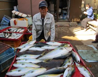 奥村釣船の2019年11月23日(土)4枚目の写真