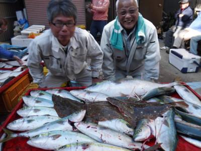 奥村釣船の2019年12月25日(水)1枚目の写真