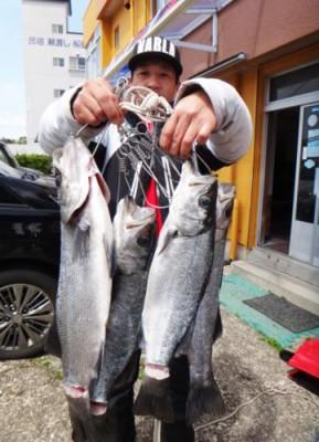 丸銀釣りセンターの2020年3月29日(日)2枚目の写真