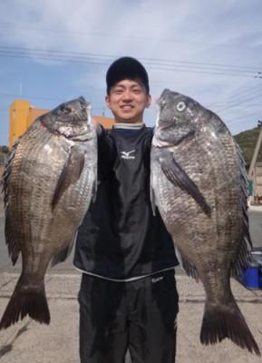 丸銀釣りセンターの2020年4月4日(土)4枚目の写真
