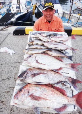 丸銀釣りセンターの2020年4月10日(金)5枚目の写真