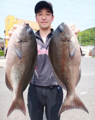 丸銀釣りセンターの2020年5月28日(木)4枚目の写真