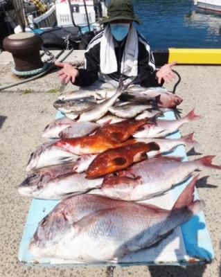 丸銀釣りセンターの2020年5月29日(金)3枚目の写真
