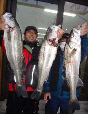 丸銀釣りセンターの2021年3月20日(土)2枚目の写真