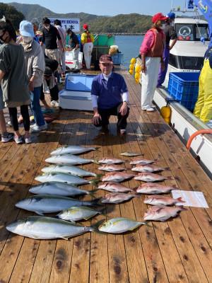 海上釣堀 辨屋の2021年3月31日(水)1枚目の写真