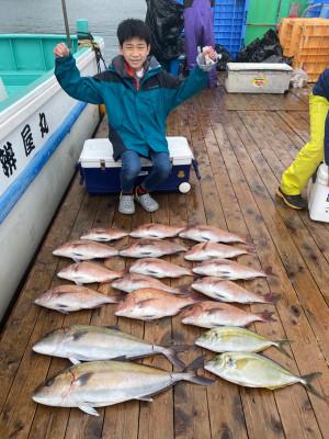海上釣堀 辨屋の2021年4月2日(金)4枚目の写真