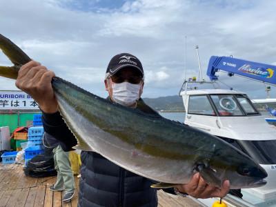 海上釣堀 辨屋の2021年4月3日(土)2枚目の写真