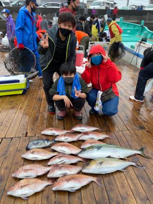 海上釣堀 辨屋の2021年4月4日(日)1枚目の写真