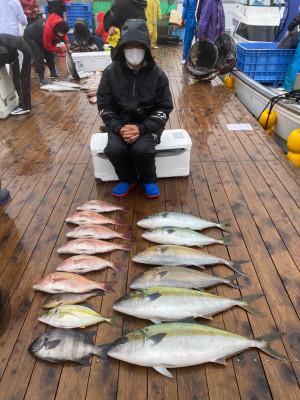 海上釣堀 辨屋の2021年4月4日(日)3枚目の写真