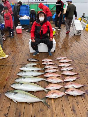 海上釣堀 辨屋の2021年4月4日(日)4枚目の写真