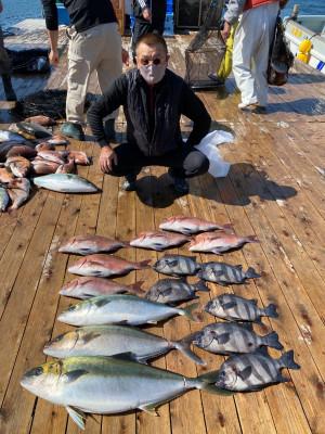 海上釣堀 辨屋の2021年4月7日(水)4枚目の写真