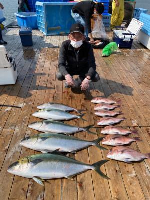 海上釣堀 辨屋の2021年4月7日(水)5枚目の写真