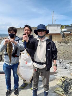 安乗釣センターの2021年4月12日(月)1枚目の写真