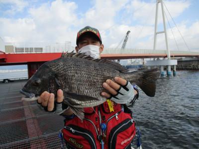 尼崎市立魚つり公園の2021年4月14日(水)1枚目の写真