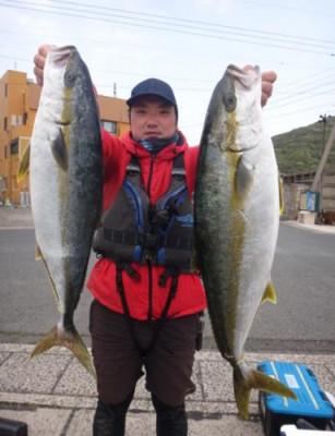 丸銀釣りセンターの2021年4月17日(土)1枚目の写真