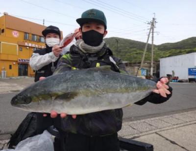 丸銀釣りセンターの2021年4月17日(土)4枚目の写真