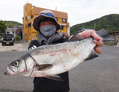 丸銀釣りセンターの2021年4月23日(金)2枚目の写真