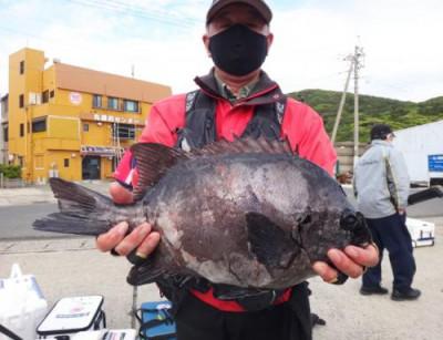 丸銀釣りセンターの2021年4月23日(金)4枚目の写真