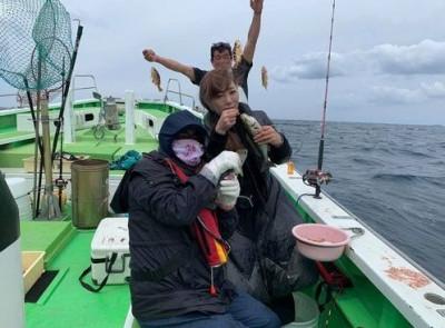 三喜丸釣船店の2021年4月25日(日)3枚目の写真