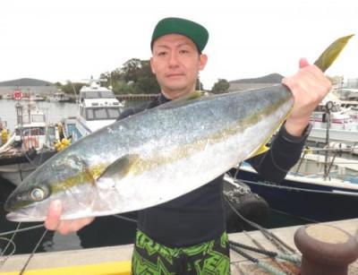 丸銀釣りセンターの2021年4月24日(土)4枚目の写真