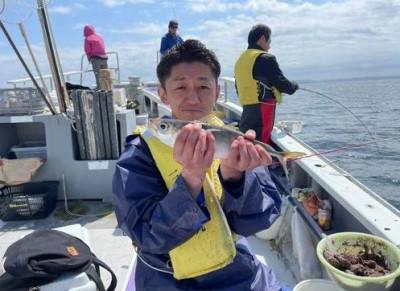 三喜丸釣船店の2021年4月27日(火)5枚目の写真