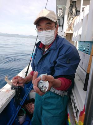 フィッシングボート 清和丸の2021年4月28日(水)3枚目の写真
