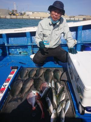 フィッシングボート 清和丸の2021年4月28日(水)5枚目の写真