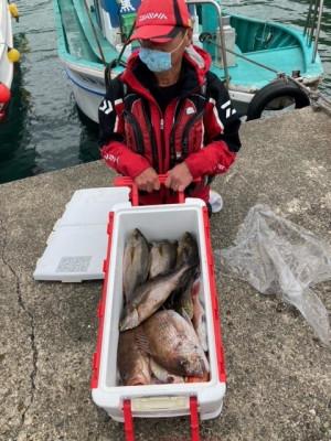 釣り船 黒潮丸の2021年4月28日(水)1枚目の写真