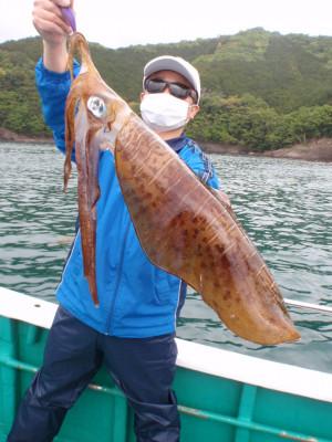 釣り船 久勝丸の2021年5月1日(土)2枚目の写真