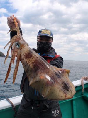 釣り船 久勝丸の2021年5月2日(日)1枚目の写真