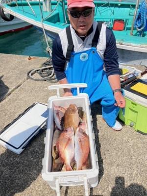 釣り船 黒潮丸の2021年5月4日(火)1枚目の写真