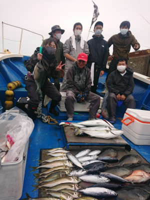 フィッシングボート 清和丸の2021年5月4日(火)1枚目の写真