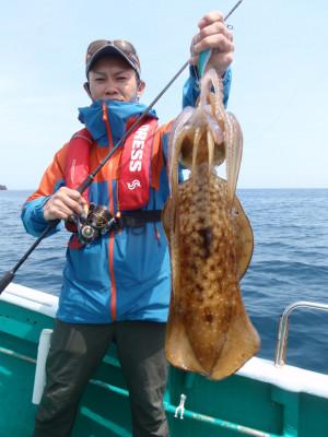 釣り船 久勝丸の2021年5月4日(火)1枚目の写真