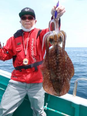 釣り船 久勝丸の2021年5月4日(火)3枚目の写真