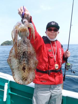 釣り船 久勝丸の2021年5月4日(火)5枚目の写真